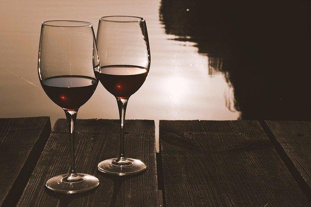 El vino tinto podría combatir el estrés y ansiedad