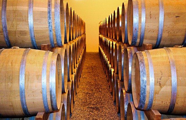 Los diferentes tipos de barricas de vino