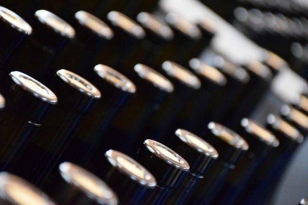 bottles-379293_640
