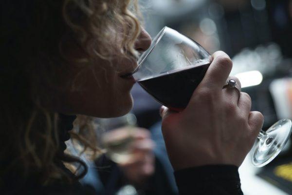 Tomar vino