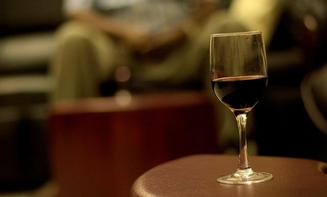 ¿Qué ocurre en la fase oxidativa del vino?
