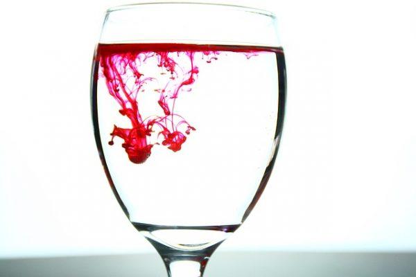 glass-2217664_640